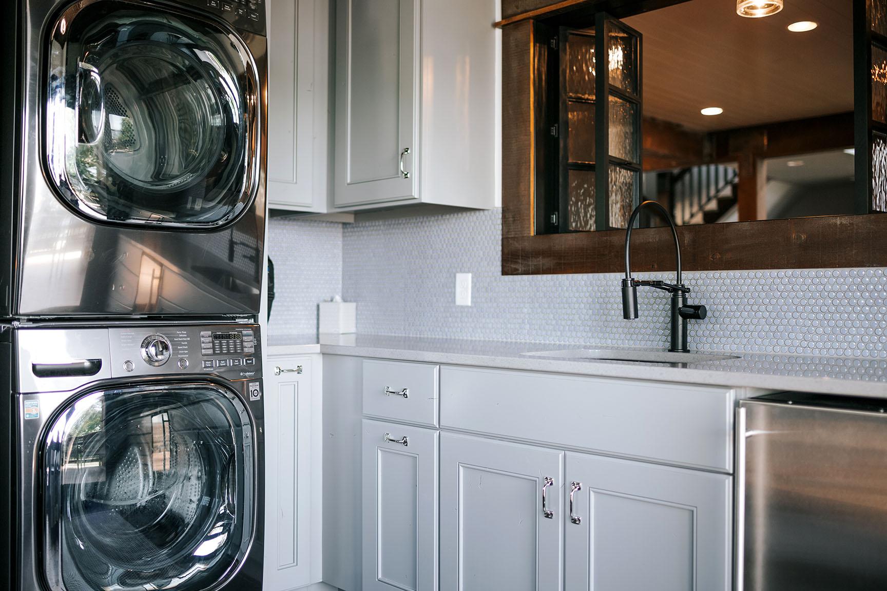 Pass Thru Laundry Alpine Cabinetry Alpine Cabinetry