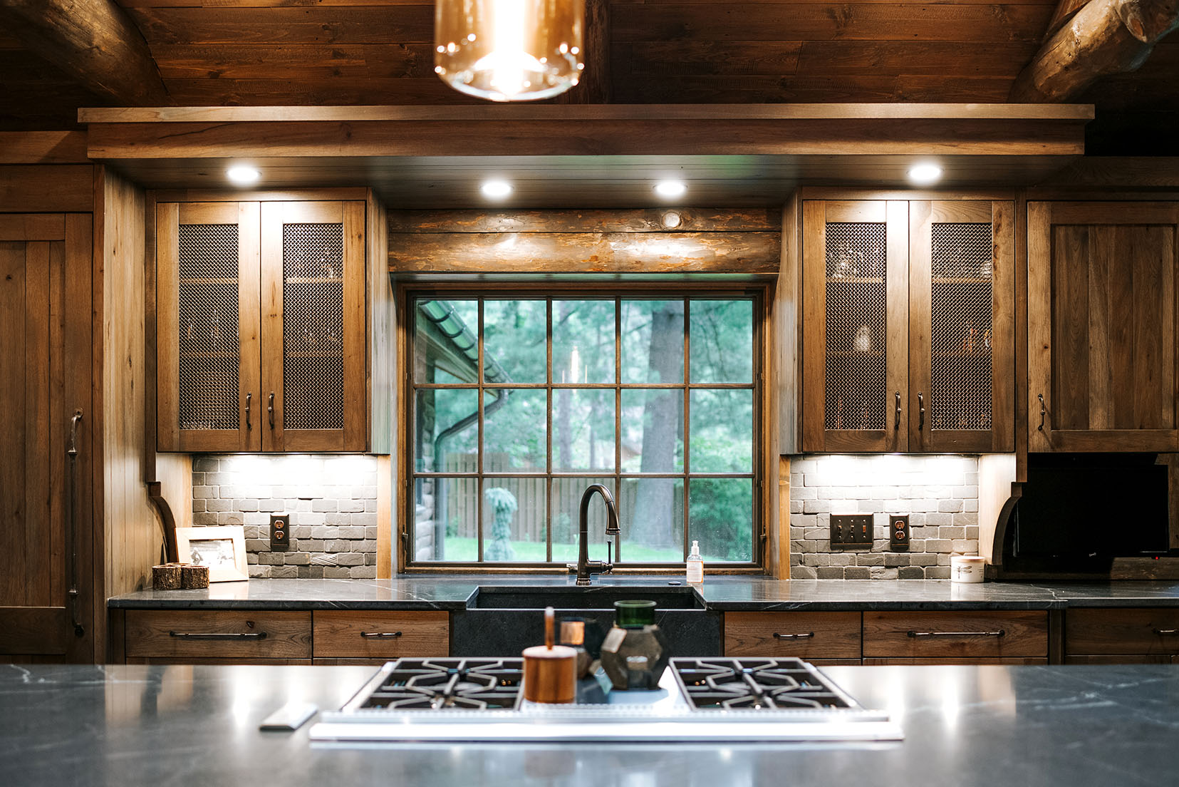Distressed Rustic Hickory kitchen cabinets - Alpine Cabinetry ...
